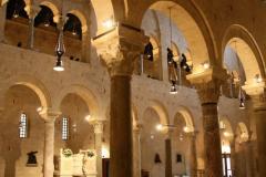 Wnętrze San Sabino w Bari. Foto: Piotr Maculewicz