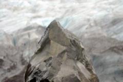 Cielsko lodowca może wyostrzyc skały... Foto: Anna Potapowicz