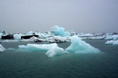 wśród ogromnych gór lodowych. Foto: Anna Dudkowska