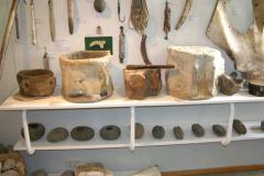...oraz niezwykłe sprzęty domowe, wykonane z elementów wielorybich szkieletów. Foto: Andrzej Borzym jr