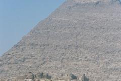 Staś i Nel u stóp piramid. Foto: Piotr Bocian