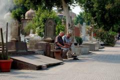 Cichy koptyjski cmentarz wśród huku arabskiej metropolii. Foto: Anna Potapowicz