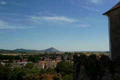 Mieliśmy stąd widok na wapienne wzgórze Szársomlyó (442 m n.p.m.), najwyższy szczyt pasma Villány,… Fot. Piotr Bocian