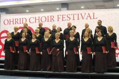 """No, jakoś się udało, ale Henryk Mikołaj Górecki na pewno nie wyobrażał sobie takiego wykonania pieśni """"A ta nasza Narew"""". Fot. Ohrid Choir Festival"""