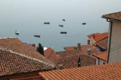 …prowadzi do starej wioski rybackiej, dziś pełnej turystów. Fot. Anna Potapowicz