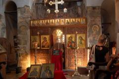 …kryjąc we wnętrzu XIX-wieczny ikonostas i znacznie starsze fragmenty fresków. Fot. Anna Potapowicz