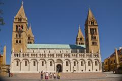 Katedra św. Piotra i Pawła w Peczu, znanym już od IX w. jako Quinque Ecclesie (Pięć Kościołów). Fot. Artur Mikołajewski