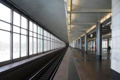 Na koniec Worobjowy Gory (1959; do 1999 Leninskije Gory) – jedyna na świecie stacja metra wewnątrz mostu, długa na blisko 300 m. Fot. Piotr Węgiełek