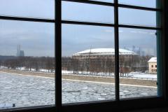Widok na stadion Łużniki – w 1980 r. stacja obsługiwała uczestników igrzysk olimpijskich, a już w 1983 r. została zamknięta, bo most groził zawaleniem. Odbudowano ją w nowym wystroju w 2002 r. Fot. Piotr Węgiełek