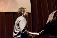 Krzysztof Herdzin – fortepian,… Foto: Agnieszka Mazur www.kajakstudio.pl