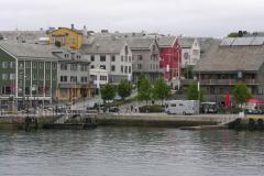 Kristiansund to portowe i przemysłowe miasto, dość duże, jak na Norwegię – 17 000 mieszkańców. Foto: Piotr Gawroński