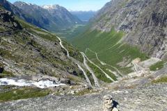 ..widać całą dolinę i 12 szczebli Drabiny Trolli. Foto: Jerzy Ratajczak