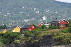 …i na kolorowe domki na okolicznych wzgórzach. Foto: Piotr Maculewicz