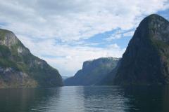 …który powiezie nas przez Sognefjord (największy) i Naroyfjord (najwęższy – drugi z listy UNESCO). Foto: Jerzy Ratajczak
