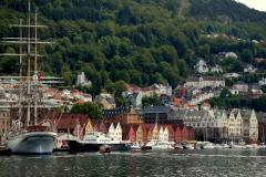 Bergen – miasto nad morzem, miasto w górach, miasto ludzi morza i Edvarda Griega. Foto: Anna Potapowicz