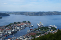 Bergen pod nami, jego przedmieścia – aż po horyzont. Foto: Anna Kaczmarek