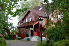 Ale poza niewielkim centrum Oslo to osiedla drewnianych domków na wzgórzach. Foto: Anna Potapowicz