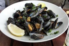 W porcie – świeże morskie jedzenie… Foto: Piotr Maculewicz