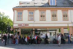 Już w Trondheim, choć jeszcze daleko do hotelu: ostatnie 2 km jechaliśmy prawie 2 godziny z dwiema przesiadkami, bo miejscowi kierowcy autobusów nie znają miasta zbyt dokładnie. Foto: Piotr Gawroński