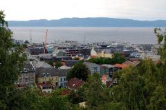 ...z widokiem na Trondheimsfjord – bramę na północny Atlantyk. Foto: Anna Potapowicz