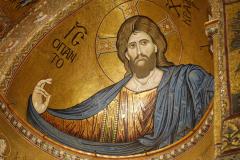 W absydzie króluje Chrystus Pantokrator… Fot. Anna Potapowicz