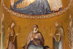 Absyda – Chrystus Pantokrator (poniżej – Maria, już z XVII w.). Fot. Anna Potapowicz