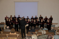 …potem zaśpiewaliśmy – trochę utworów sakralnych, trochę kolęd;… Fot. Artur Mikołajewski