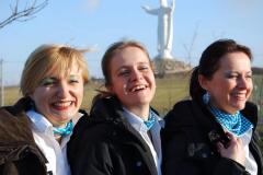 Załoga: stiułardessy Chlaudia (l) i Kazia (p) oraz szefowa personelu pokładowego Marcelina (w środku). Foto: Katarzyna Jankowska